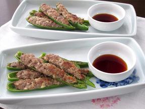 青唐辛子の肉詰め