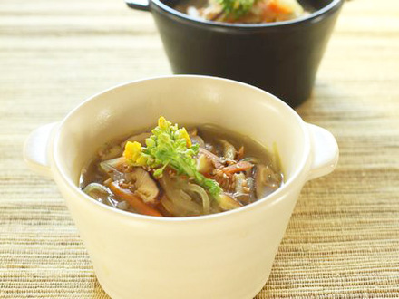 春雨と野菜の酸味スープ