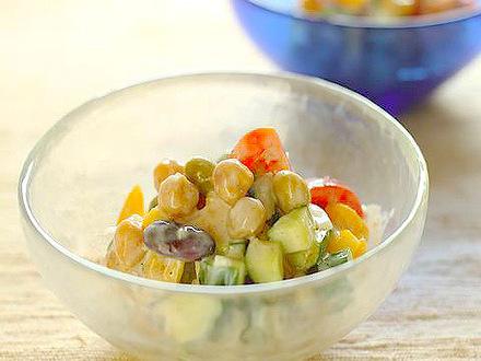 豆と野菜のヨーグルト和え